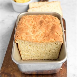 'American Kitchen Cookware's Nonstick Loaf Pan Made in USA' from the web at 'https://americankitchencookware.com/DesktopModules/Revindex.Dnn.RevindexStorefront/Portals/3/Gallery/47b04c33-337a-4527-b7d1-3b3e36b4c78d.jpg'