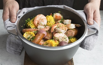 White Wine Shrimp Boil with Spicy Butter Sauce