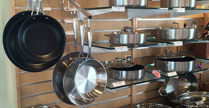 ' ' from the web at 'https://americankitchencookware.com/portals/3/FindUs/AK_Display_350.jpg'